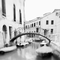 Sotoportego de le Colonete, Venice 2011 - black and white photography